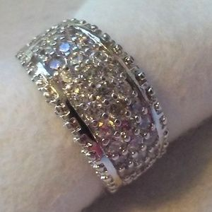 Jewelry - 10K White Gold Wide Band Ring